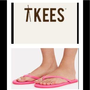 🆕 TKEES Pink Leather flip flops 🆕